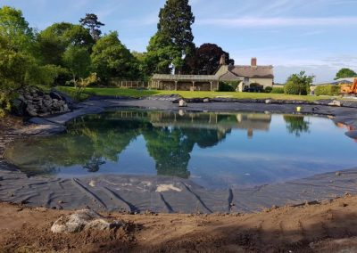 Refilling of a pond after a new liner installation